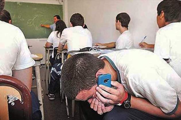Uso del celular en el aula - Educación - Reeditor.com - red de ...